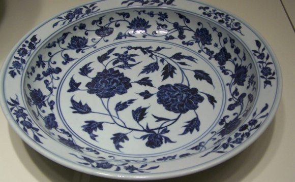 Blue Porcelain Dinnerware