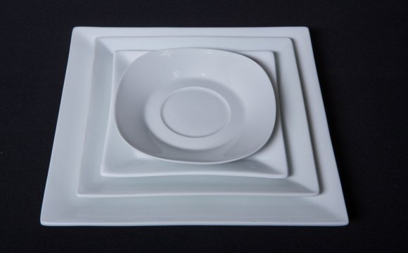 Square-china-dinnerware-rental