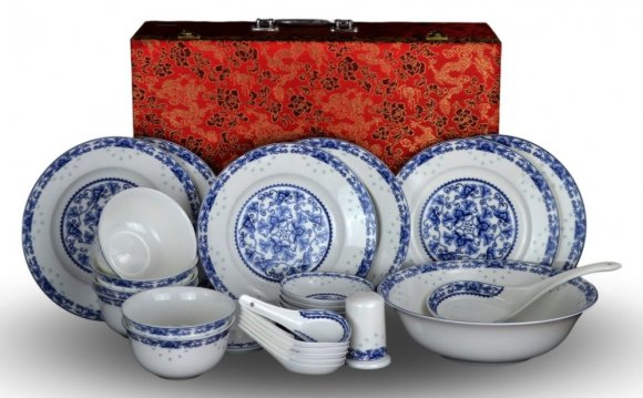 Dinnerware Sets For All