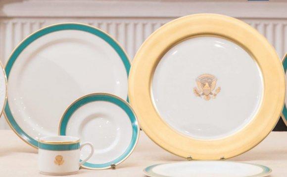 Fine China Dinnerware Sets