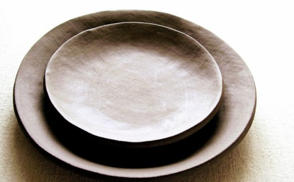Rustic Pottery Dinnerware