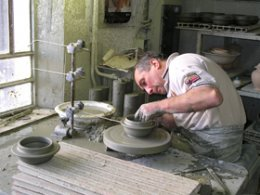 Italian handmade ceramics - Fima workshop, Deruta