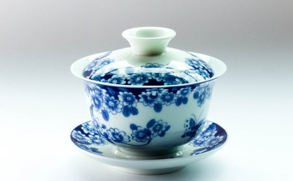 Blue Ceramic Dinnerware