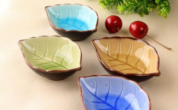 Christmas Stoneware Dinnerware Sets